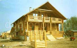 Двухэтажный рубленый дом 10х12